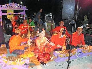 Seni Kliningan dari Jawa Barat