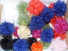 różyczki - broszki