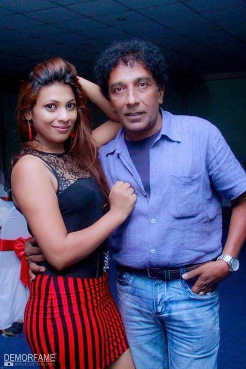 Hashini Madumanjali mini skirt