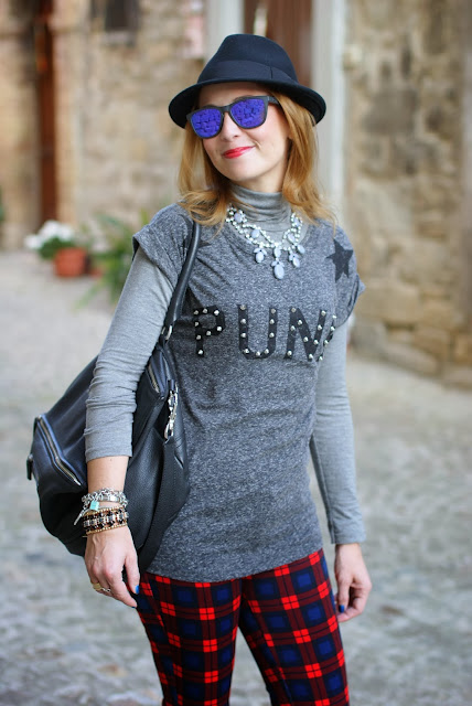 t-shirt, h&m fedora hat, zara plaid pants, oakley mirror sunglasses, fashion and cookies, fashion blogger