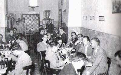 Bar La Joia en la Rambla Nova nº 22, segunda sede del Club Ajedrez Tarragona en 1952