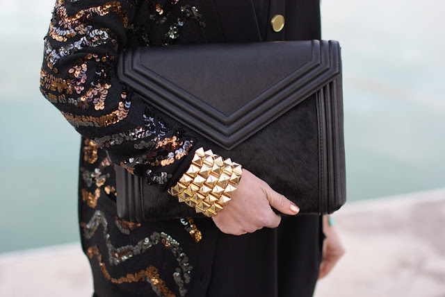 Zara envelope clutch, sequin cardigan, Chanel delight 607 nail polish, Fashion and Cookies, fashion blogger