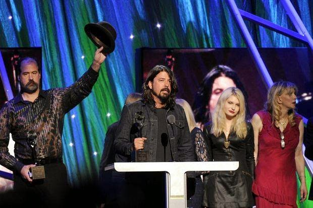 Nirvana Dave Grohl Krist Novoselic Courtney Love Rock & Roll Hall of Fame 2014