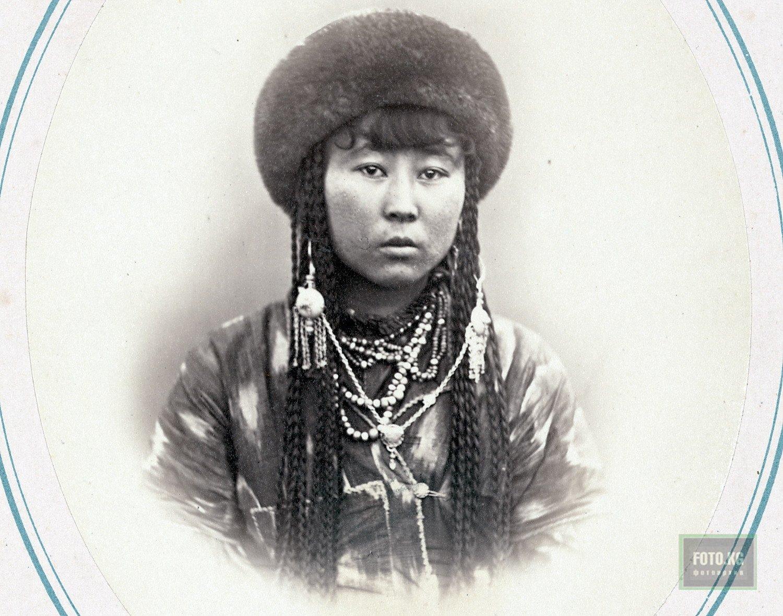 кыргызские девушки фото
