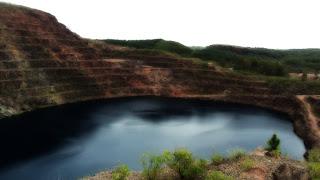Lago na mina de Minas do Camaquã, Caçapava do Sul.