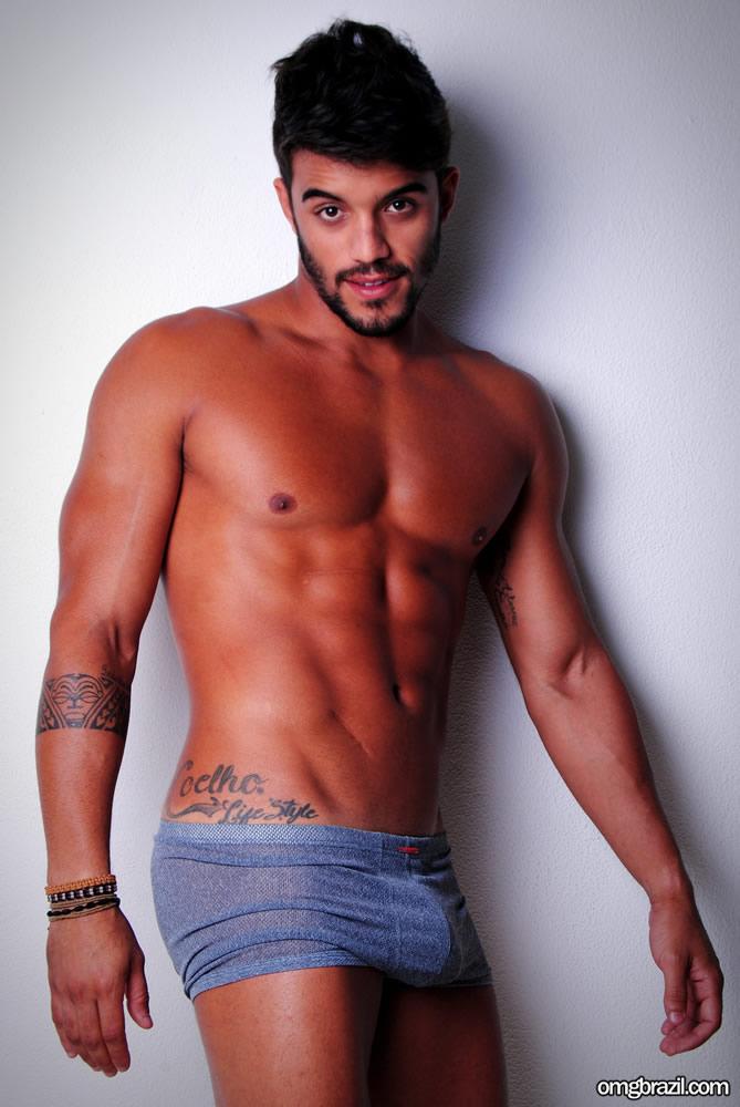 Ex-BBB André Coelho pelado (7)