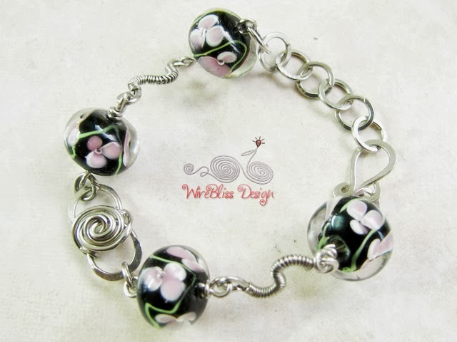 Black Wire wrapped glass beads bracelet by Wirebliss