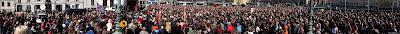 1 maj, Göteborg, första maj, demonstration, arrangemang, tal, talare, demonstrationståg, vänsterpartiet, Jonas Sjöstedt, Gustaf Adolfs torg, åhörare, panorama, tsyfpl, foto anders n