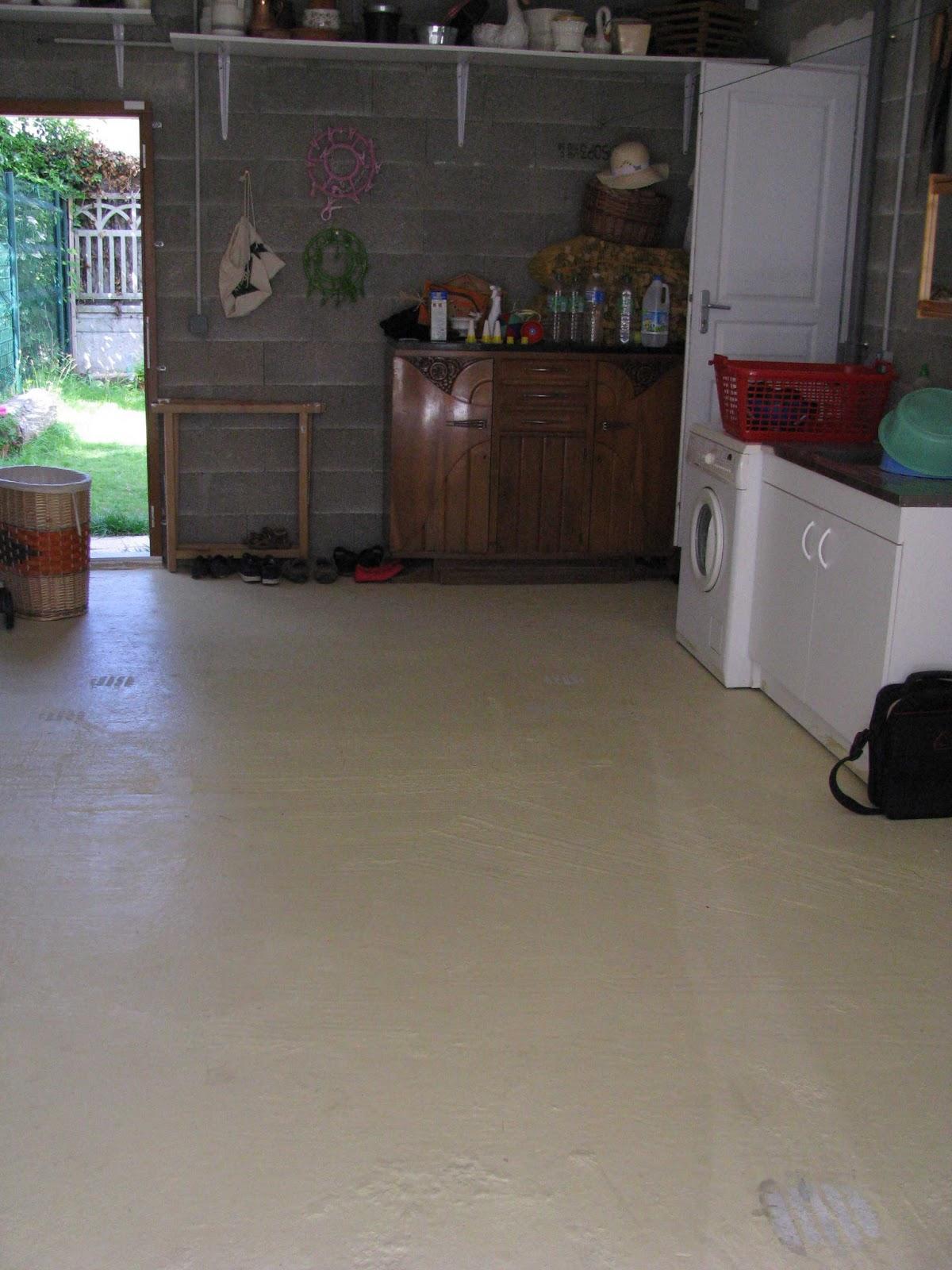 Je fais construire ma maison sol de garage 1 3 for Peindre un sol de garage deja peint