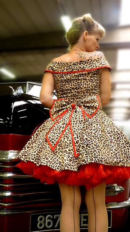 Burlesque leopard bow waistband
