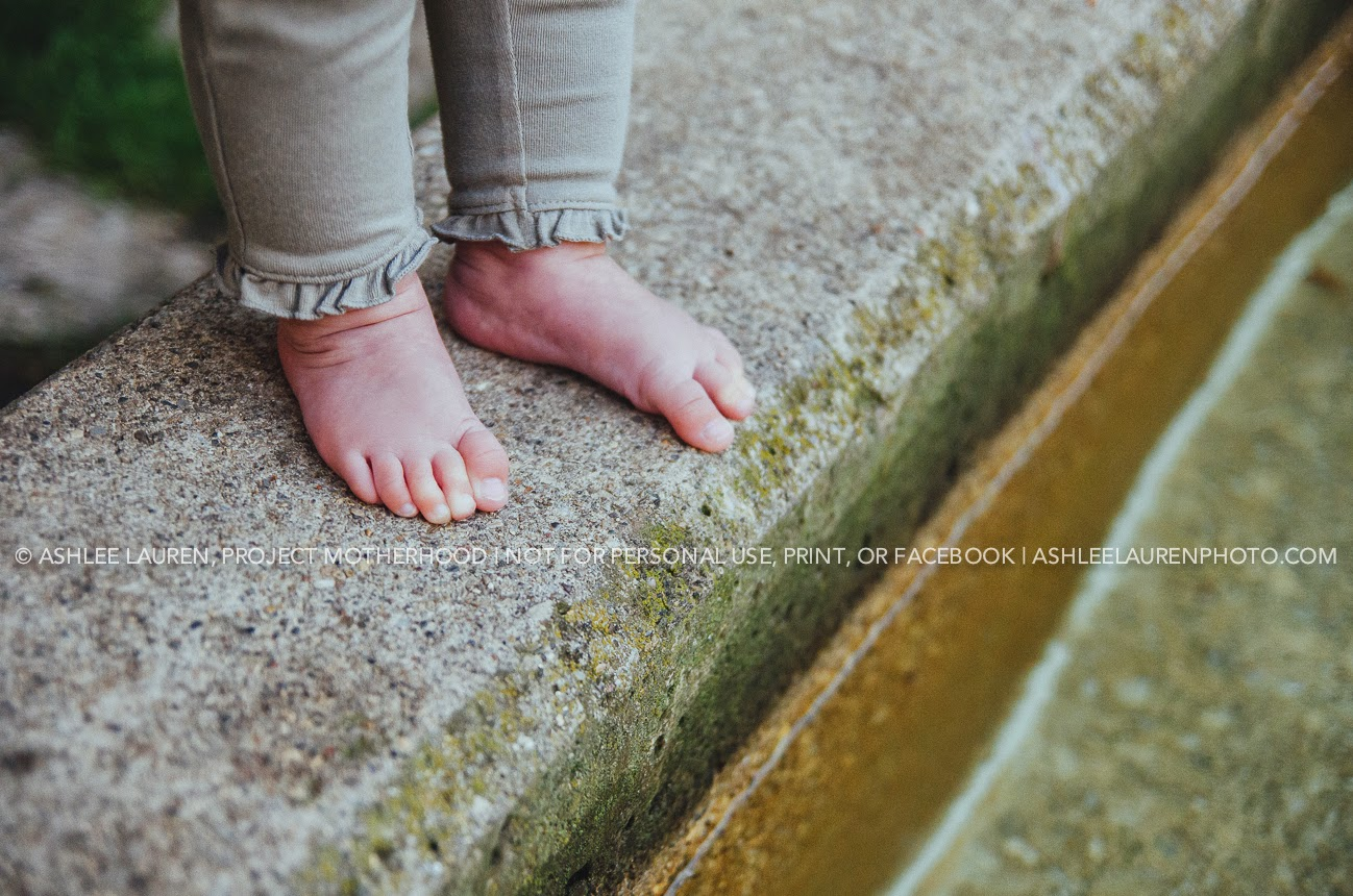 modern natural light photography in indianapolis parks, baby toes