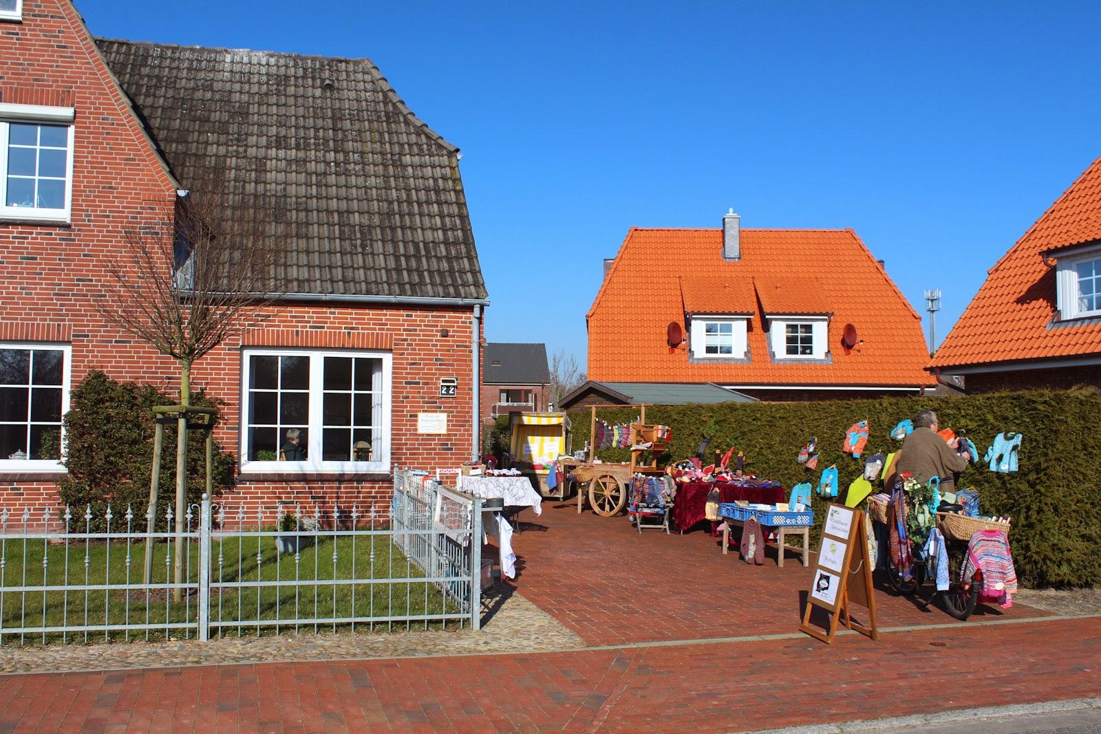 Frühlingspaziergang St. Peter-Ording, Gästehaus Siercks, Strassenbasar