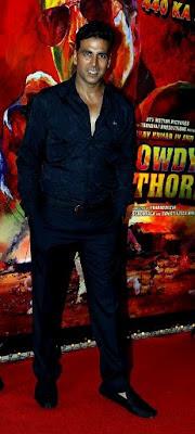 Akshay Kumar at Rowdy Rathore Party
