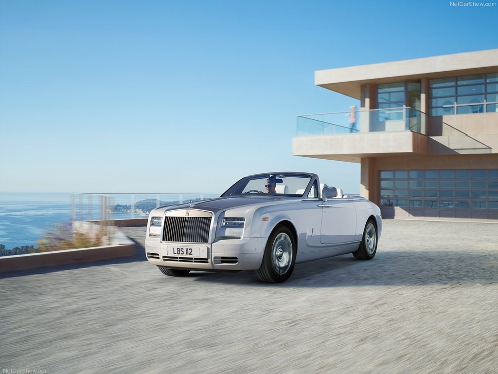 2015 Rolls Royce Wraith Drophead 1080p Wallpapers