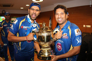Rohit-Sharma-Sachin-Tendualkar-celebrates-MI-Win-IPL-2013