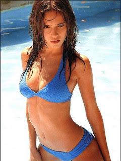 Luisana Lopilato underwear
