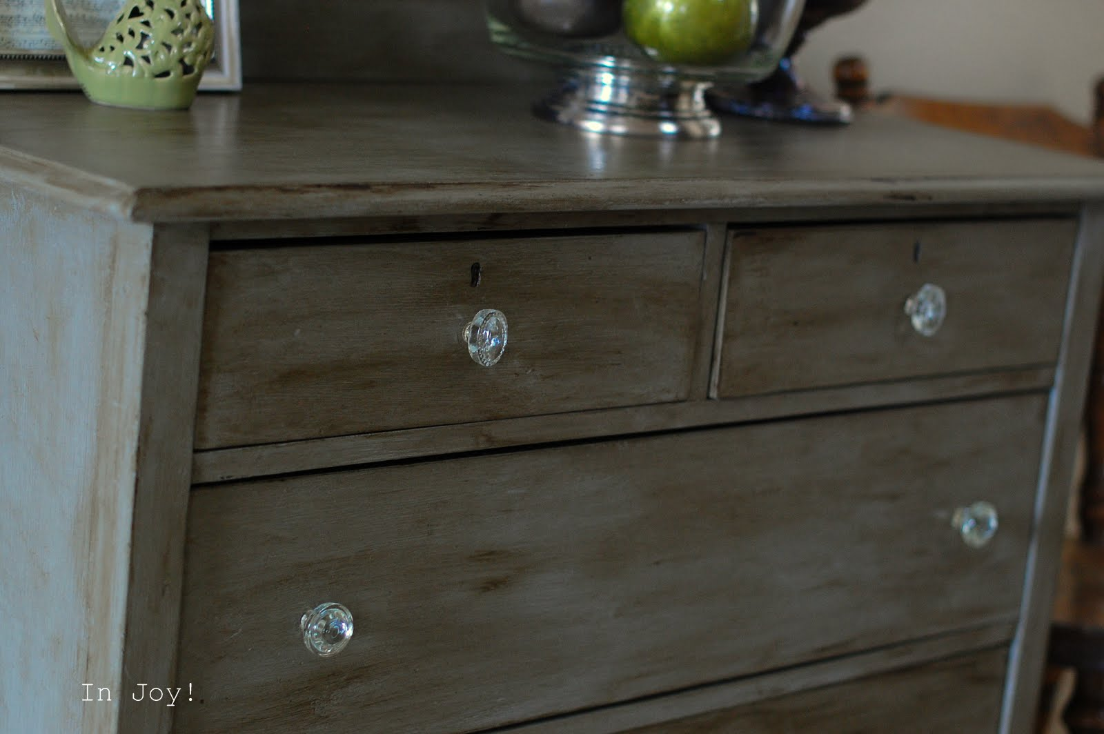 In joy antique vintage furniture decor antique grey dresser with mirror project ii for Antique grey bedroom furniture