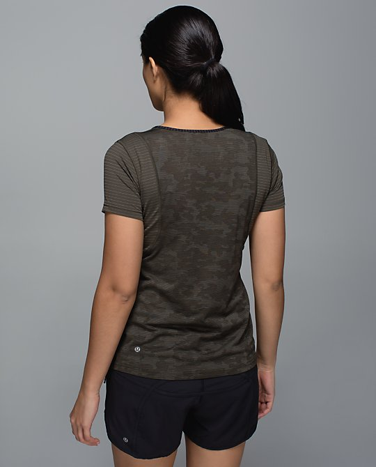 lululemon-run-for-days-short-sleeve