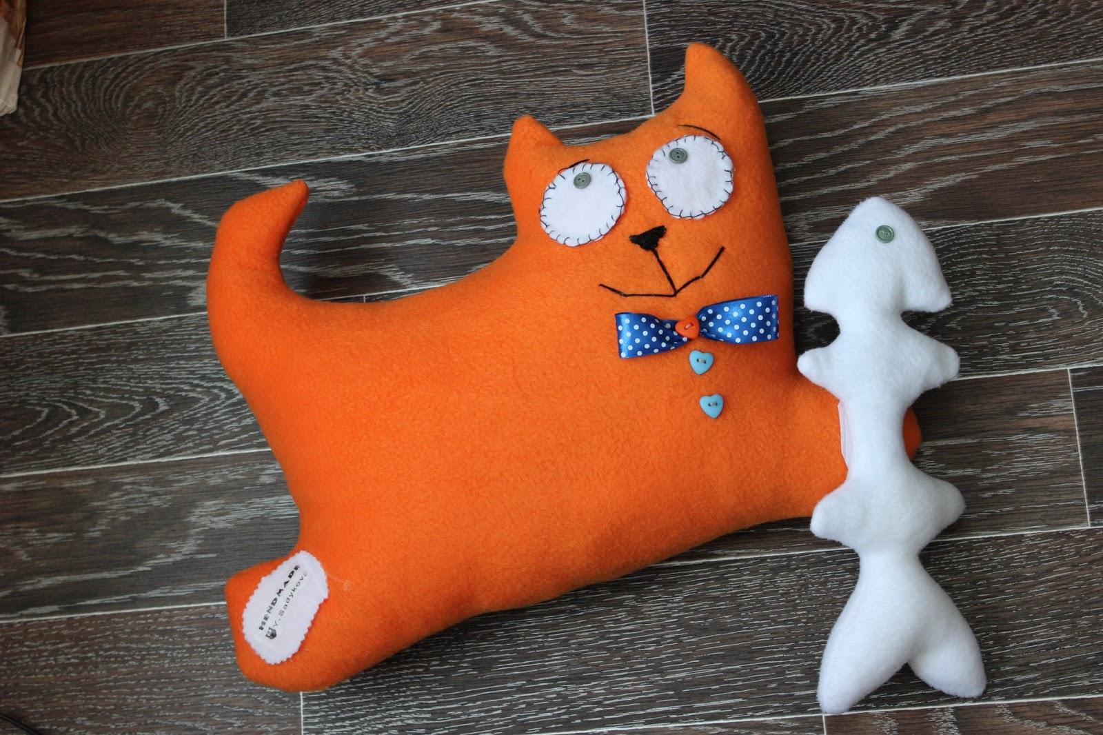 Оригинальные подушки игрушки своими руками выкройки фото 41