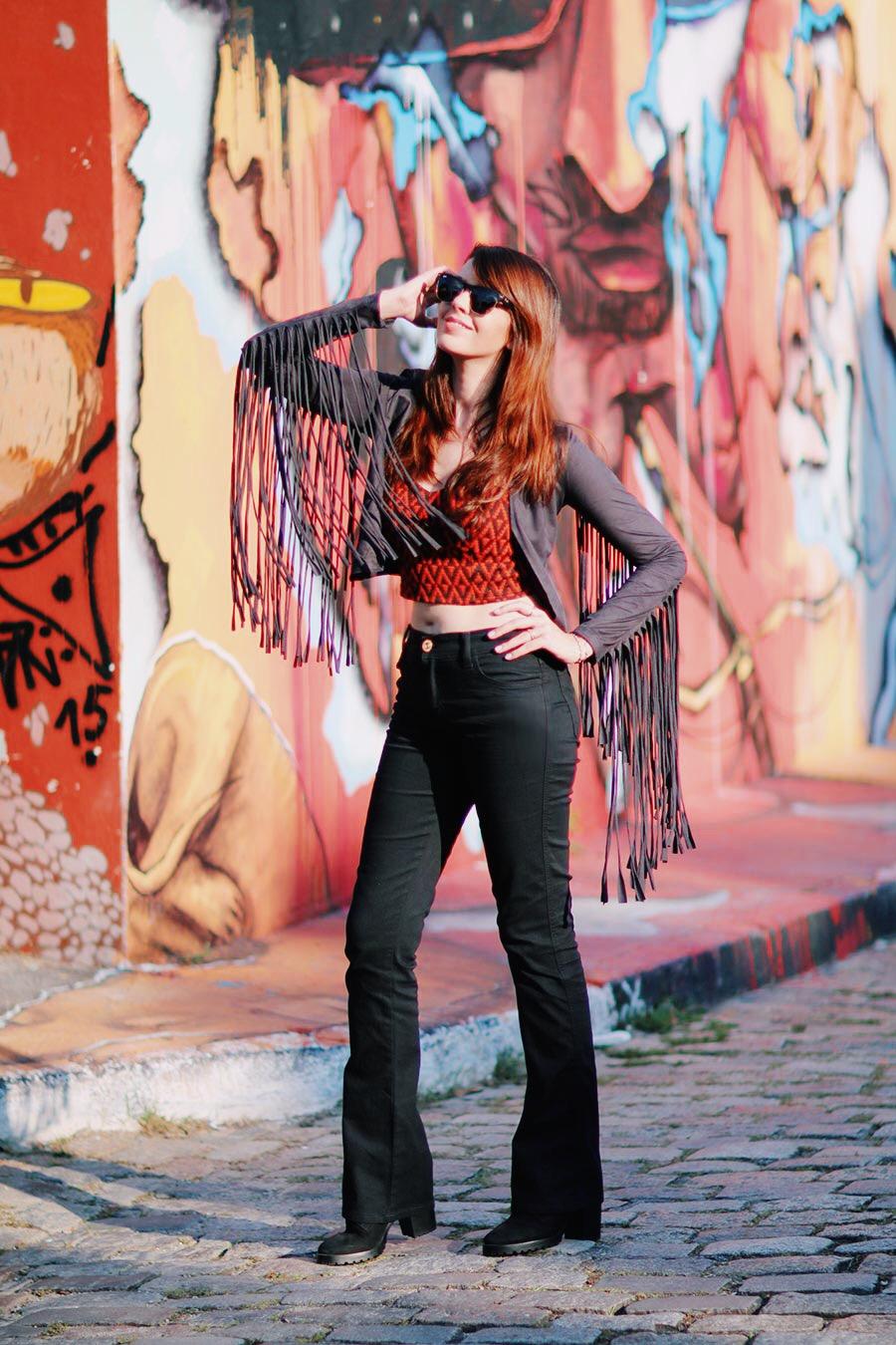 calça flare preta-calça flare-jaqueta-roupas femininas-calça jeans feminina- moda feminina-roupas da moda