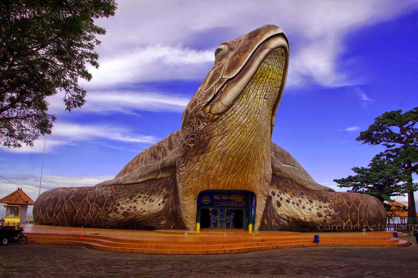 Gambar Wisata Pantai Kartini Jepara Jawa Tengah