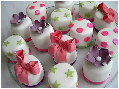 Mini Wedding Cakes Tasty Favors Unique Ideas