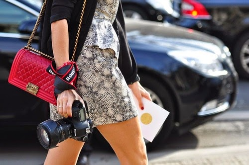 trend alert - red bags, chanel boy bag in red, borsa rossa chanel