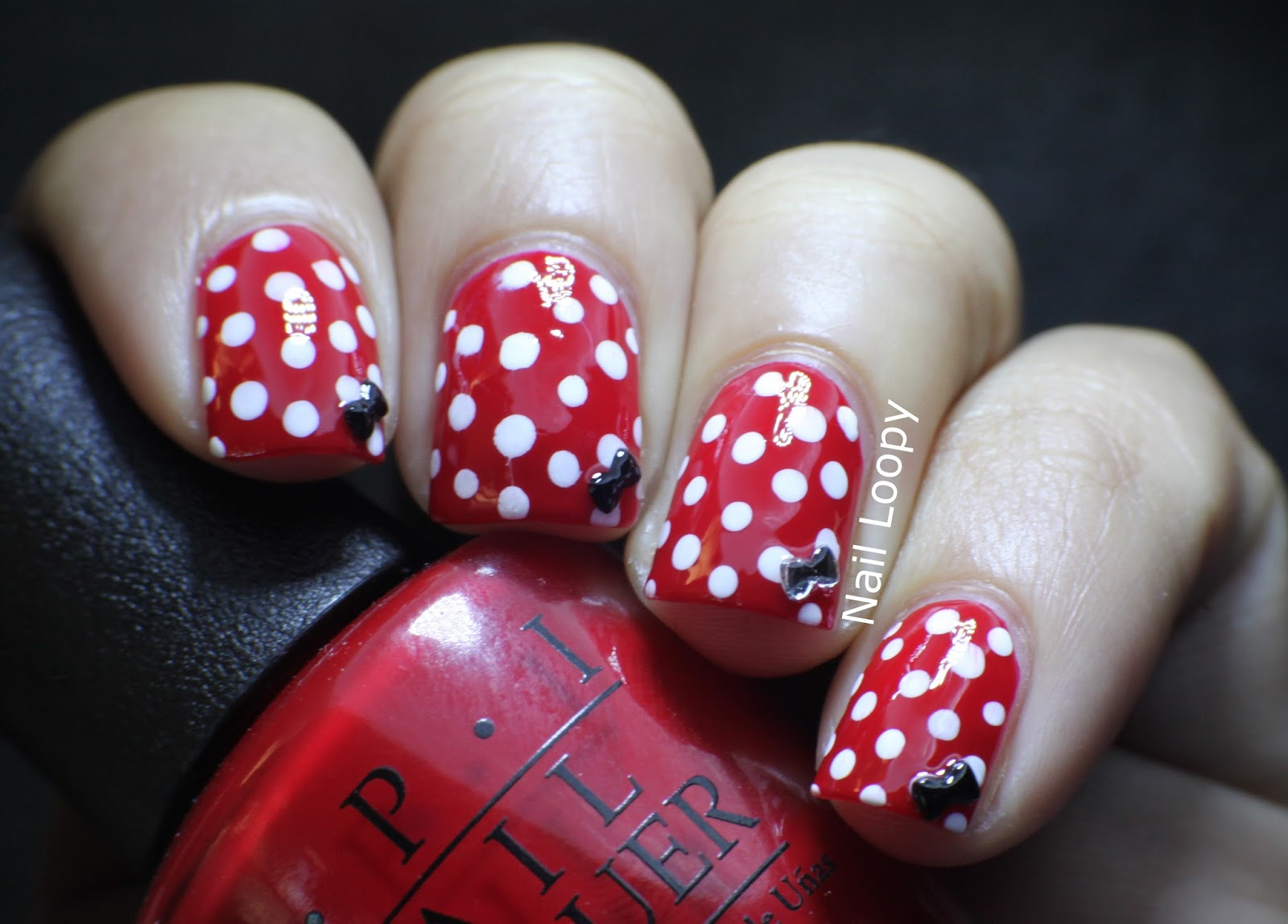 nail loopy: MINNIE MOUSE NAILS WITH BOW STUDS