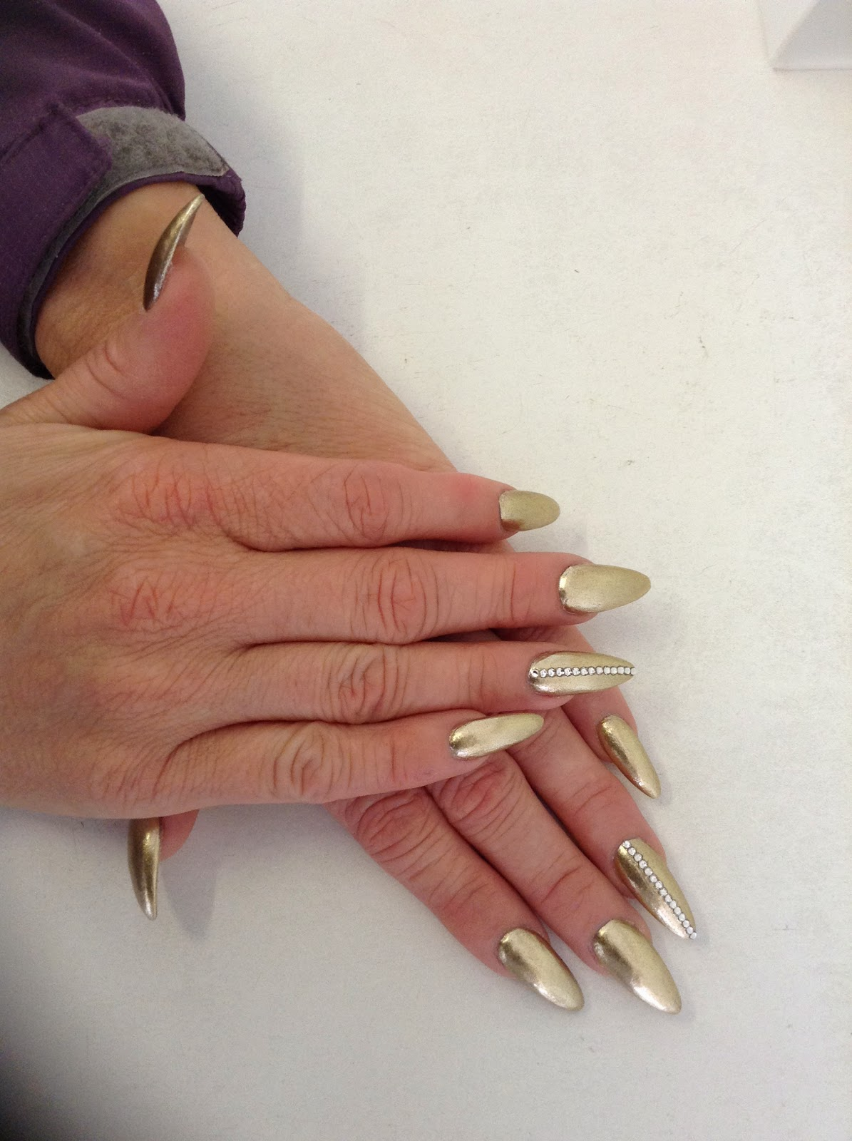 Kim\' s Nails Salon: Acrylic & Gel Nail Extensions