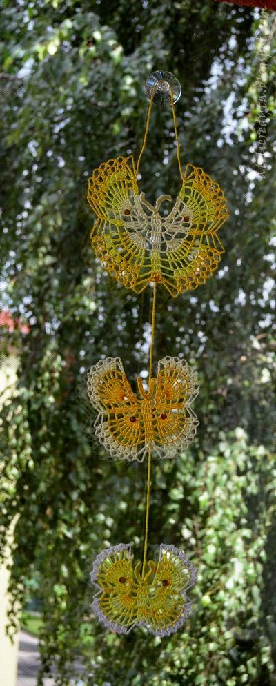 szydełkowy komplet z motylkami