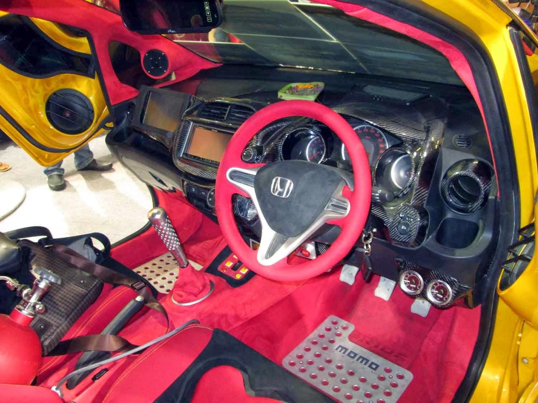 modifikasi interior mobil Honda all new jazz