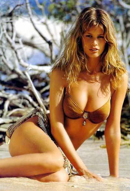Victoria's Secret Models: Claudia Schiffer: victorias-secret-blogs.blogspot.com/2012/03/claudia-schiffer.html
