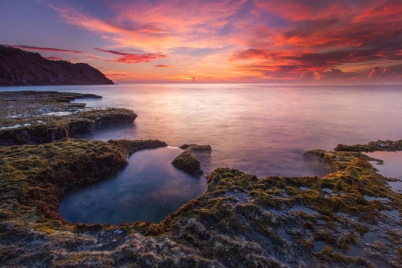 Say đắm vẻ đẹp của khoảnh khắc bình minh - Ảnh: Le Ngoc Minh