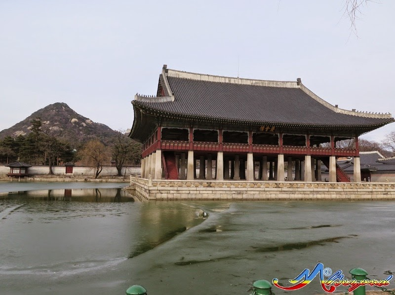 Gyeonghoeru Pavilion Gyeongbokgung Palace, seoul tourist attraction, what to do in seoul, kids in seoul at winter, winter attractions in seoul, where to go in seoul