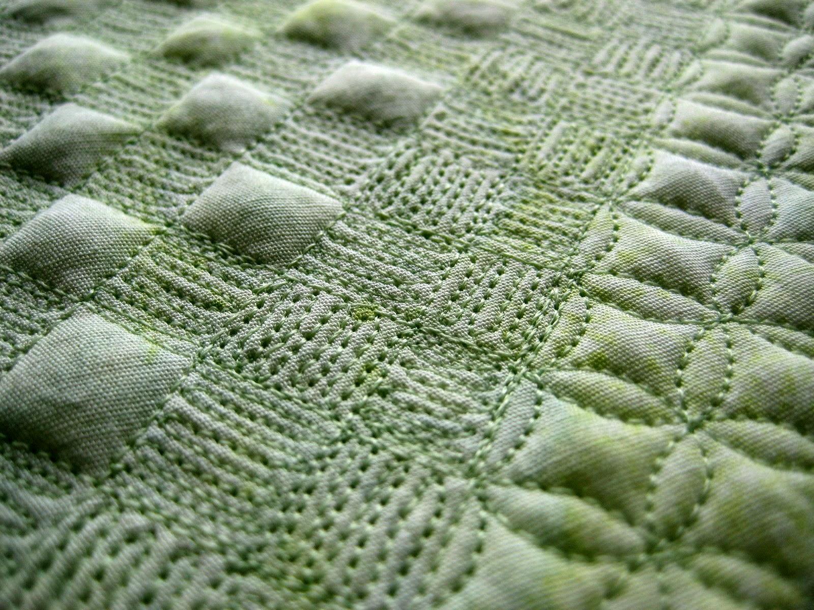 grid-based basket weave FMQ
