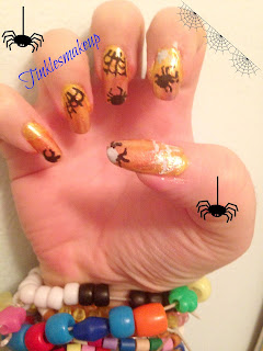 spiderwebs nail art halloween