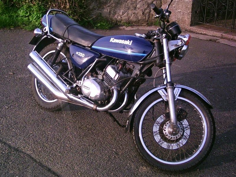motor-motor-kawasaki-kh-250-klasik.jpg