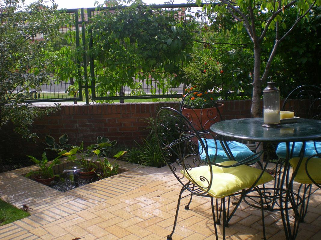 Pin fotos de jardines y patios on pinterest for Fotos de patios y jardines