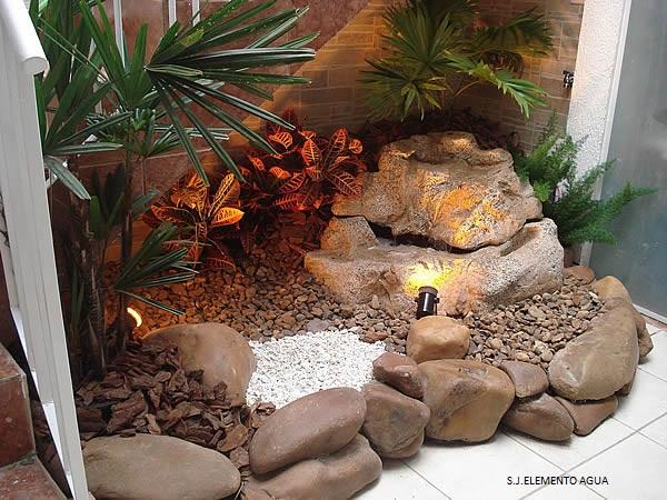 mini jardim de inverno:Meu Palácio de 64m²: Jardim de Inverno