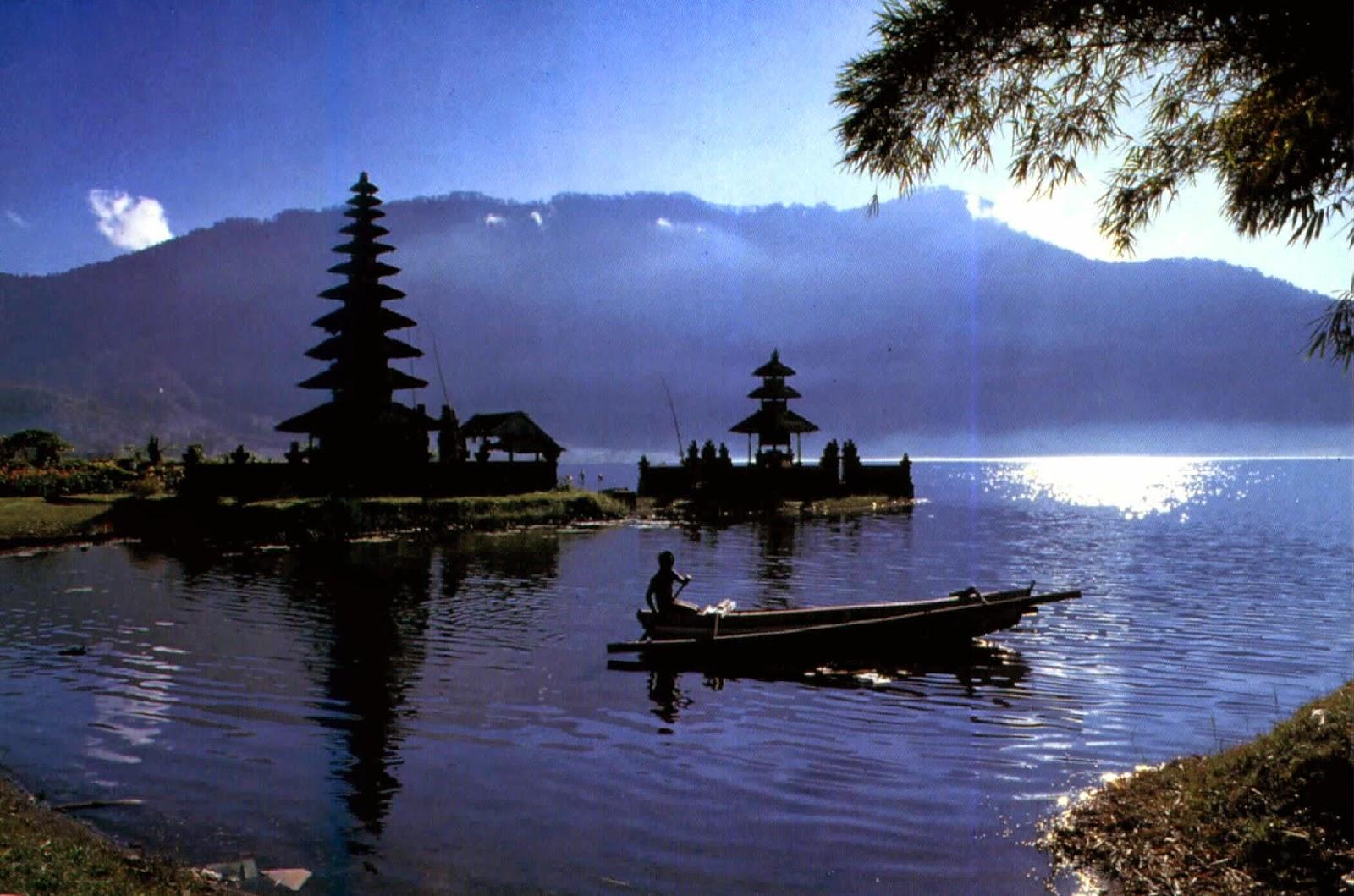 Sejarah Tempat Wisata Danau Beratan Bedugul