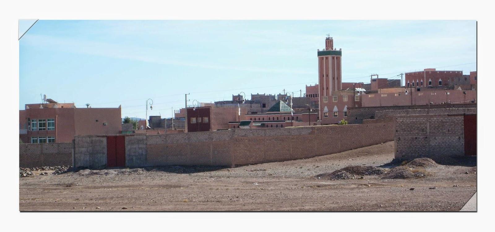 mur sable maison mosquée ciel