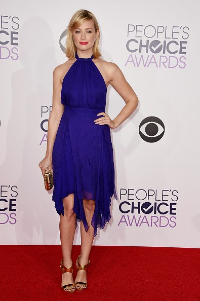 Beth Behrs Red Carpet People's Choice Awards