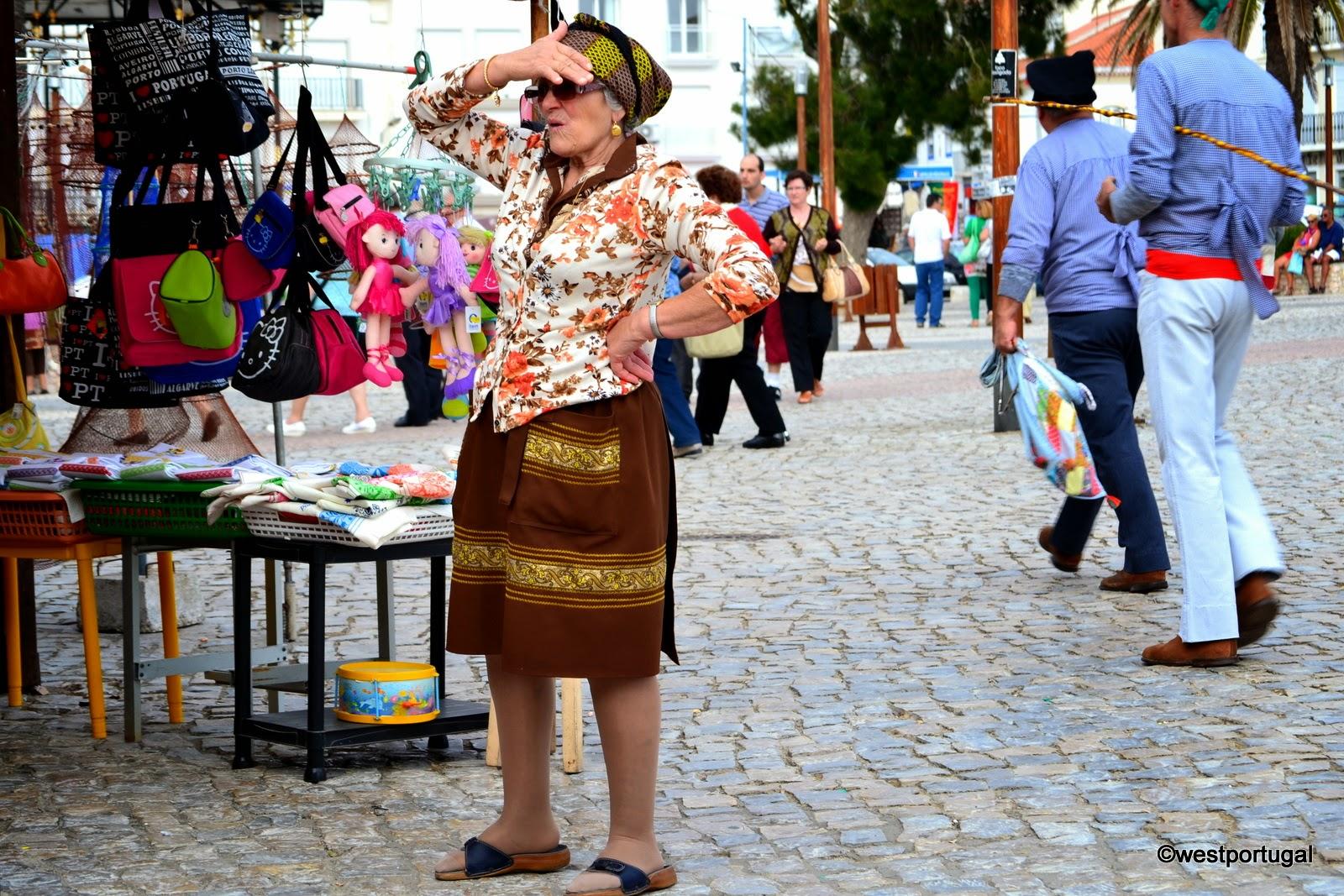 как одеваются в Португалии