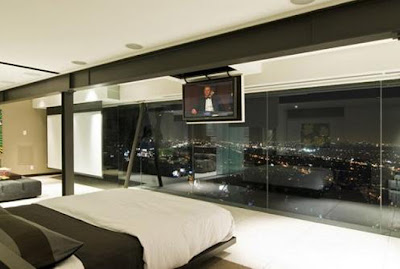 Modern Style Glass Wall Penthouse Type Bedroom