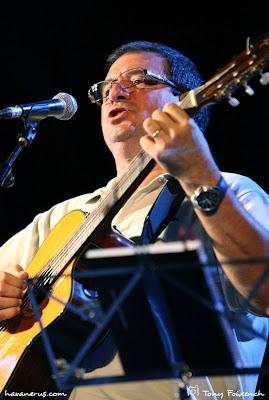 Miquel Llorens a la cantada de Les Santes de Mataró