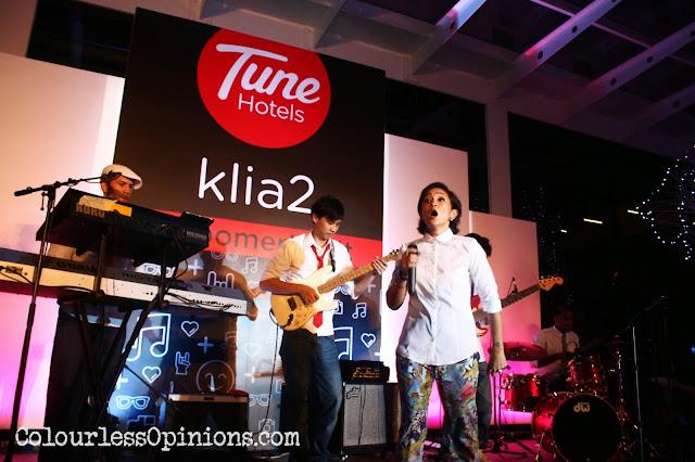 Melissa Indot performing at Tune Hotels KLIA2 Pyjama Party #RoomerHasIt