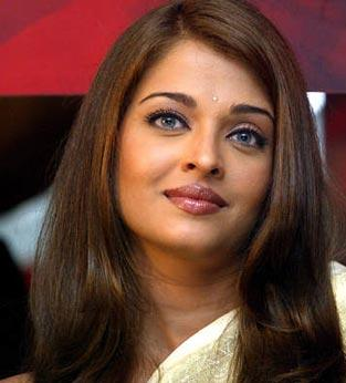 Aishwarya Baby Photo on Bollywood Masti Dosti Com   It    S Baby Time For Aishwarya Rai