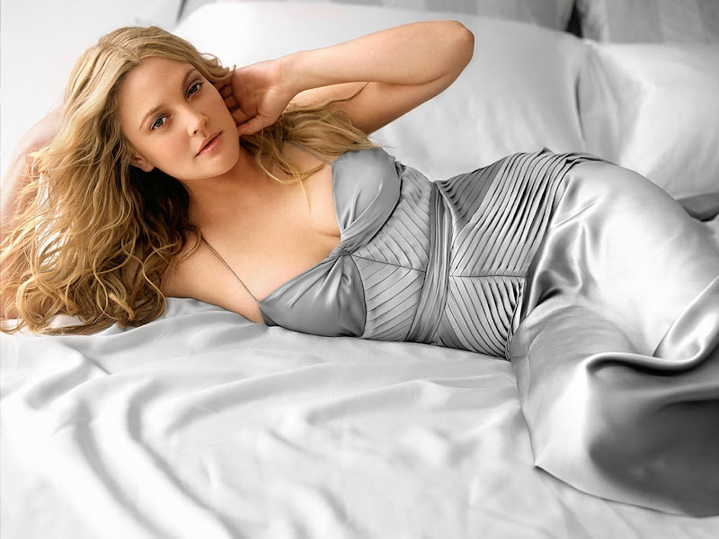 Hot Drew Barrymore Wallpapers Hollywood Drew Barrymore Photo Images hot photos