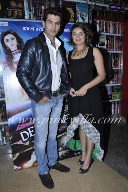 Rohit Bakshi with girlfriend Aashka Goradia (of Bigg Boss ... Rohit Bakshi Girlfriend
