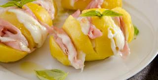 http://sapurisicilianu.blogspot.com/2015/06/patate-ripiene-di-prosciutto-e-formaggio.html